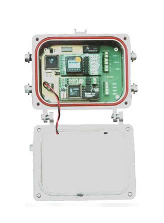 差压及水库水位在线监测; 采集控制:由多单片机构成采集控制器,电路板